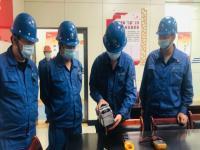 发电三分厂生产作业区#1、2机运行二值开展安全工器具使用的培训