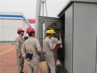 发电作业部对储酸池进行质量检查
